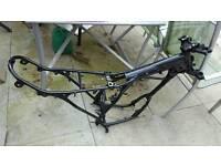 Yamaha dt 125 frame an yokes.