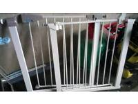 Stair gate (1) VGC Reduced