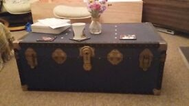 Shabby style trunk coffee table