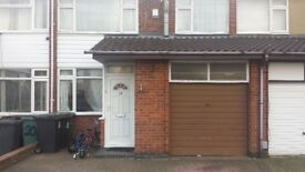 3 bedroom house in Exhall, CV7 (3 bed)