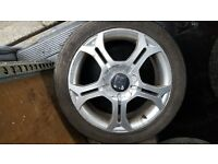 """17"""" alloy wheels plus another set of tyres"""
