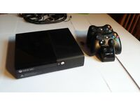 Xbox 360 + 2 controllers, 6 games, controller charging dock, Xbox 360 headset