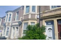 Gateshead - Deckham 3 bed large maisonette furnished