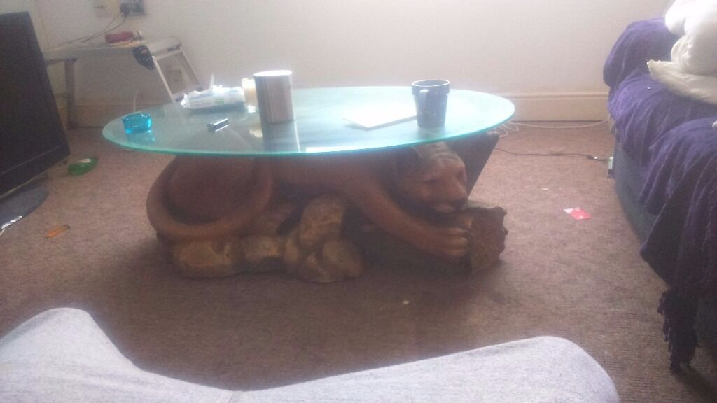 Lion coffee table - Lion Coffee Table In Gosport, Hampshire Gumtree
