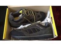 Dunlop steel toecap shoes brand new