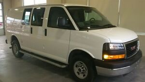 2015 GMC Savana 2500 Cargo Van AT