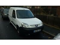 White Peugeot Partner Van LX800 Diesel 1.6 HDI spares or Repair
