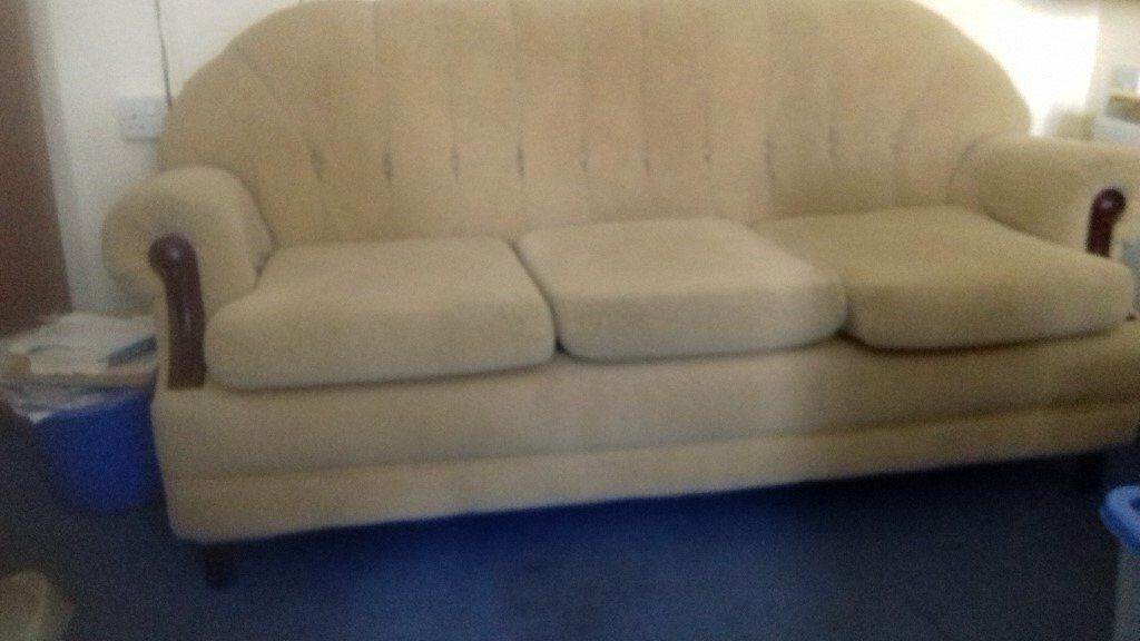 LIGHT GREEN 3 SEATER SOFA. AS NEW.