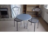 Bistro patio set - 2 chairs and table