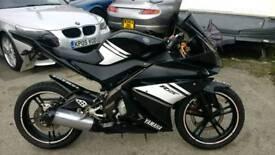 Yamaha YZFR125 mint bike 2012 model black moted tax mint Atherton manchester sensible offer