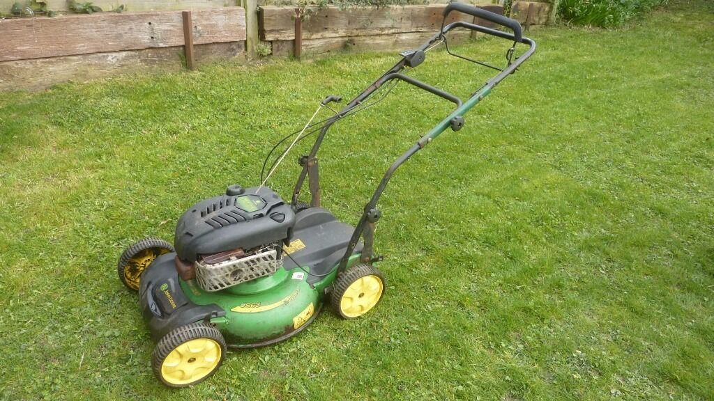 John deere 21cut mulching mower with side deflecter as well, expensive newin Lewes, East SussexGumtree - John deere 21 cut self propelled mulching mower, large 190cc briggs & Stratton engine, 3 drive speeds , ring anytime on 01825723693 or 07399905367 no texts please, located newick not lewes