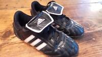 Adidas Soccer Shoes Youth 13.5 / Souliers soccer 13.5 enfant