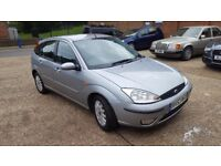 Ford focus ghia long mot an tax very clean in perfect condition service history