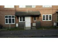 1 Bed Flat ground floor in levenshulme with own private garden looking to swap for