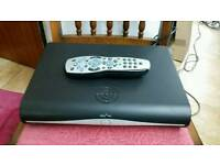 Sky+hd box DRX890-R with remote