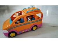 Dora the explorer family van