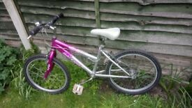 "Raleigh Krush girls bike, pink/white 20"" wheel 6 gears recently serviced in perfect working order"