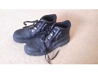 steel toe capped boots new size 10