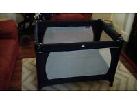 Redkite Travel cot.In excellent/like new condition.