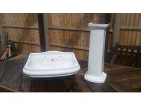 Large Porcelain Bathroom Washbasin / Sink & Matching Pedestal