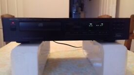 Rotel RCD-965BX cd player. Very good condition and great sound. remote is missing. Little used.