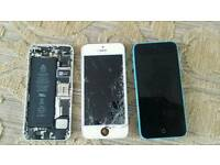 3 iphones 1x5 1x5c 1x5s All for parts only see pic 5c screen migh