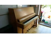 Danemann Oak piano