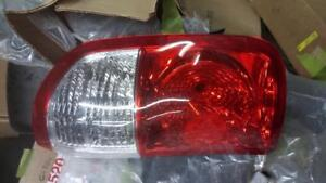 RIGHT TAIL LIGHT 04-06 TOYOTA TUNDRA CREW CAB FLEETSIDE BED  815500c040 - GOODLINE AUTO PARTS