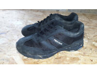 TRAINER TYPE WORK SHOES