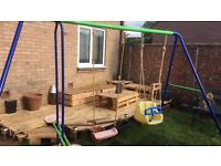 swing set, dismantled, easy to put together