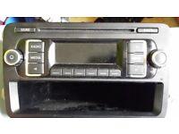 VW VOLKSWAGEN CADDY 2014 DIGITAL RADIO STEREO UNIT 5K0035156A / ULVWMP3