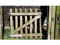 Jacksons Round Pale Picket / Palisade Fencing and Gate