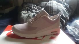 Nike Thea Size 5 Brand New (Unwanted Gift) Nike Air Max Thea in size 5 unwanted gift quick Sell £25
