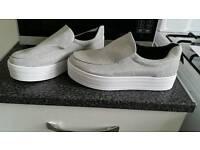 Ladies silver shoes. Size 7