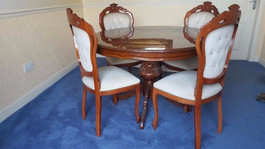 ITALIAN INLAID DINING TABLE AND 4 CHAIRS WITH MATCHING CORNER DISPLAY CABINET