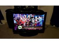 """Samsung 32"""" lcd hd television built in free view"""