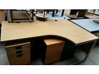 Right Hand Corner Desk
