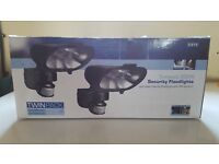 Two pack Security floodlights 300W with PIR sensors