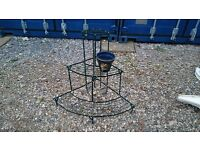 3 TIER METAL PLANT STAND