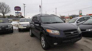 2007 Hyundai Santa Fe | Leather | Heated Seats | Sunroof