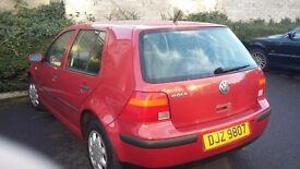 2000 Volkswagen Golf Petrol.