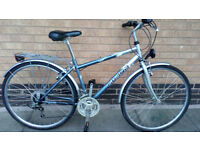 Hybrid/touring bike good clean condition (city centre)