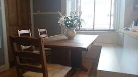 Art deco extendable oak dining table