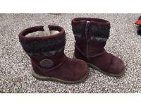 Girls boots Clarkes size 6G