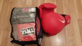 Boxing pads + Gloves + Bandage for sale