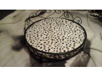 dog bed / cat bed this is a beautiful iron pet bed check photos