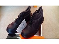 Mens safety ankle boots