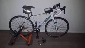 """Giant Avail Aluminium frame Road bike + JetBlack  Trainer Singleton Heights Singleton Area Preview"