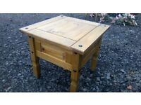 Rustic Mexican pine lamp table in great solid and sturdy condition