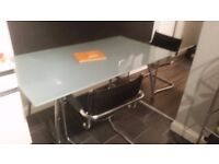 Glass frosted type dining table